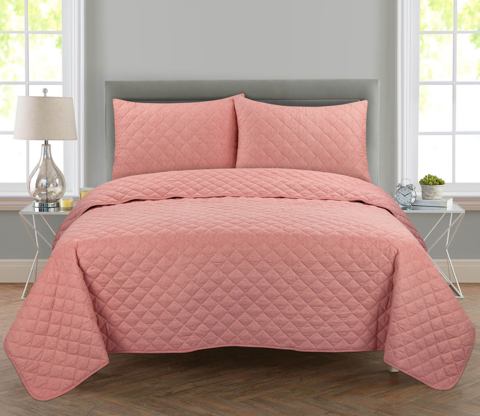 Mainstays Lightweight Cotton 2 Piece Quilt Set Twin Twin Xl Pink Walmart Com In 2020 Quilt Sets Pink Quilts Bedroom Colors