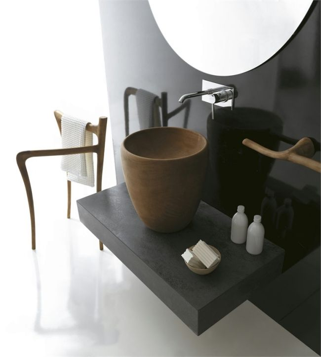 Wohlfühl-Badezimmer Einrichtung in rustikalem Stil -Ergo von
