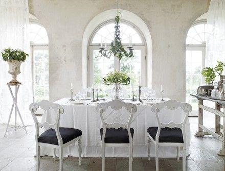 Italian inspired Swedish mansion, from Sköna Hem www.skonahem.se
