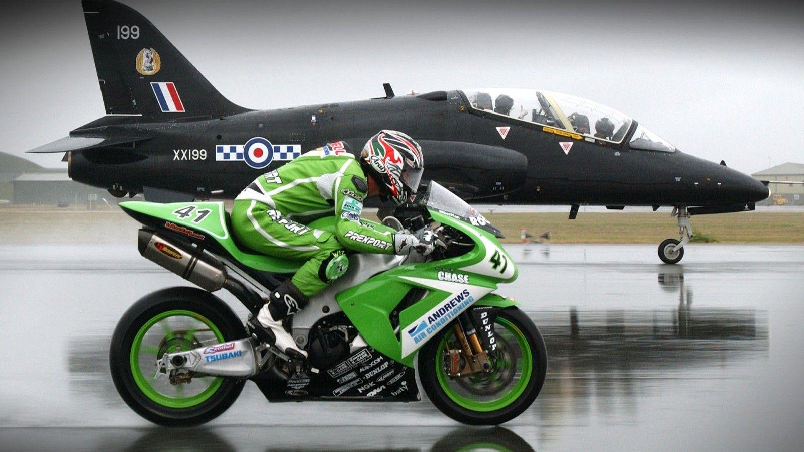 Bike Vs Jet Racing Bikes Super Bikes Motorcycle