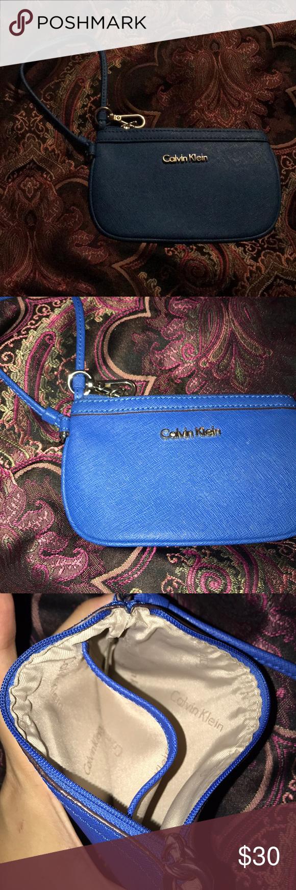 Womens Calvin Klein Leather Wristlet NWT   Calvin klein