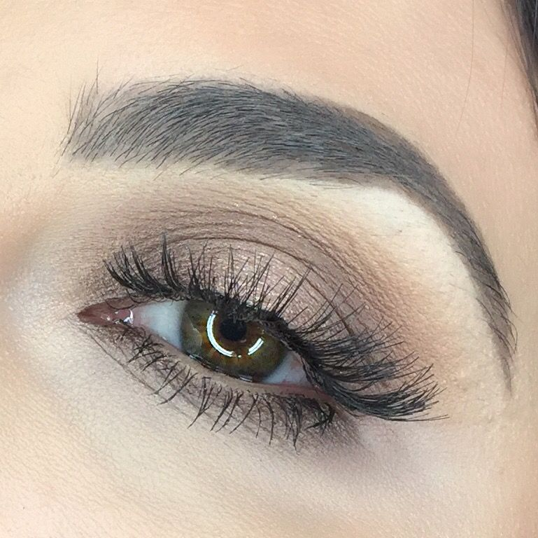 ig: @rebekah_ellie Bronze summer eyeshadow. Natural false lashes. Soft glam eye makeup. Motd. Eotd.