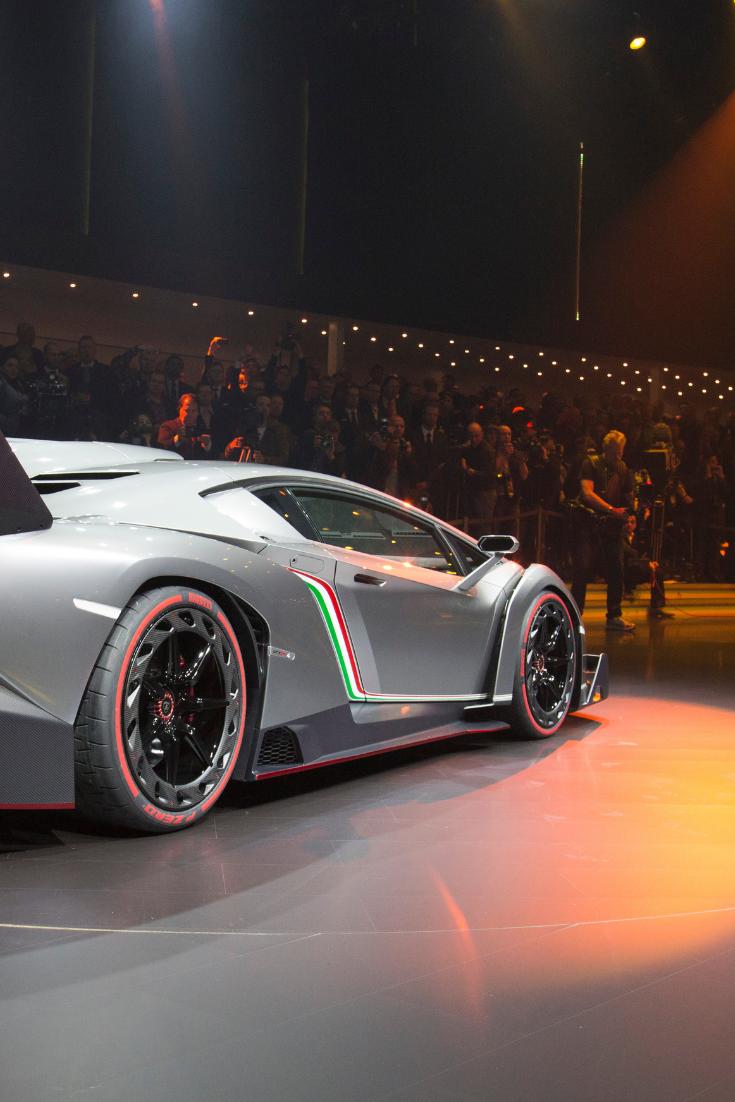 7 Fastest Lamborghini In The World Ever 2020 Edition Lamborghini Veneno Fastest Lamborghini Lamborghini