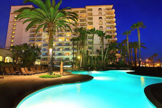 The Waterfront Beach Resort A Hilton Hotel In Huntington Ca