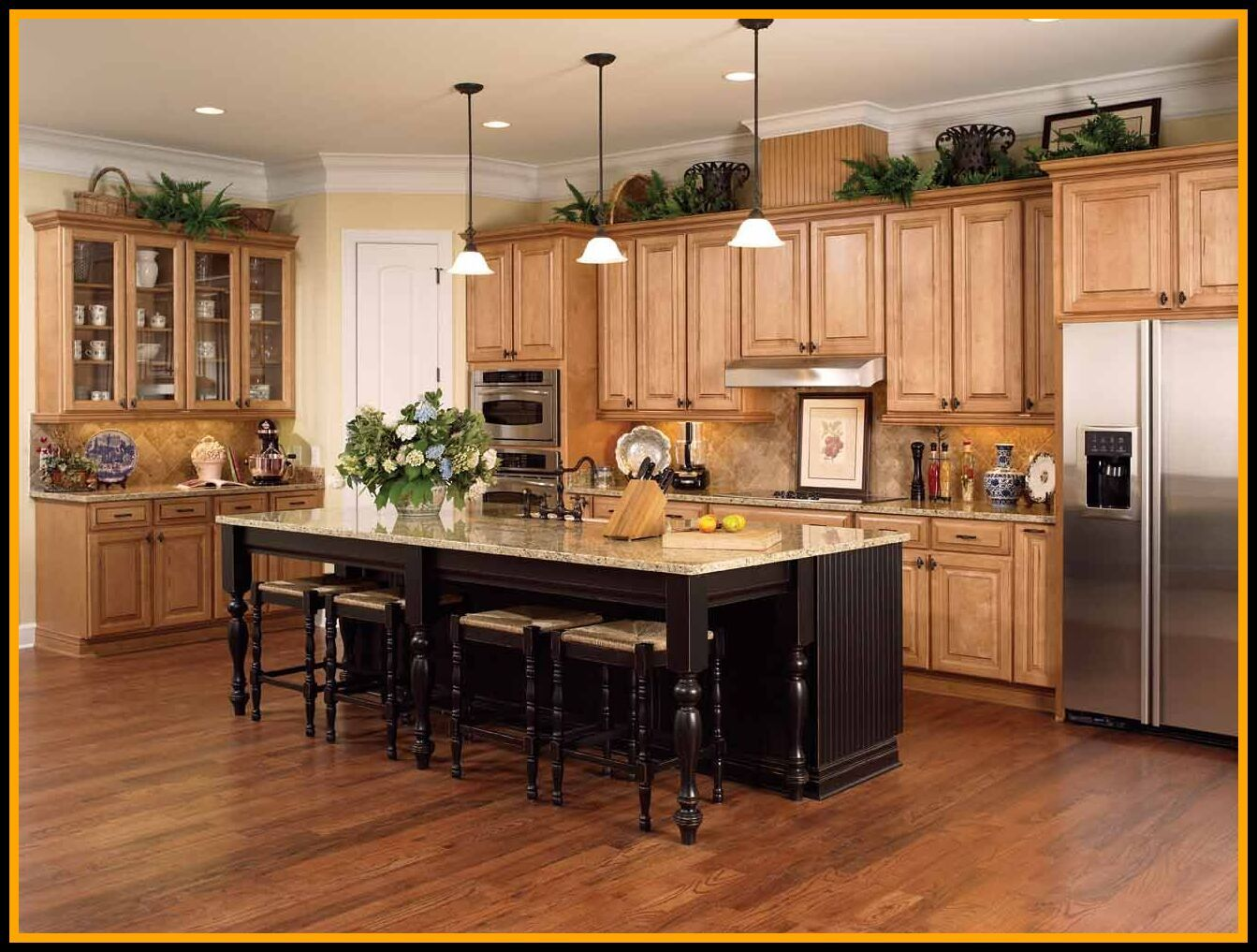 107 Reference Of Kitchen Paint Colors Light Maple Cabinets In 2020 Maple Kitchen Cabinets Maple Kitchen Redo Kitchen Cabinets