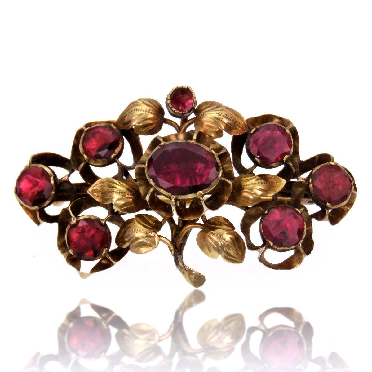 e000fd934e871 Garnet and 18k Gold Floral and Leaf Motif Brooch in 2019 | The Curio ...