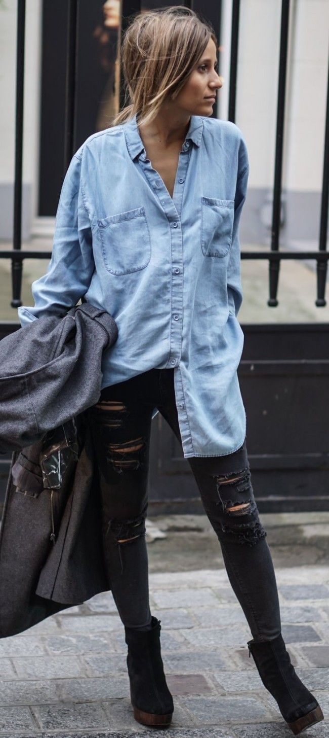 41cf6a81 Oversized denim shirt, distressed skinnies and suede platform ankle ...