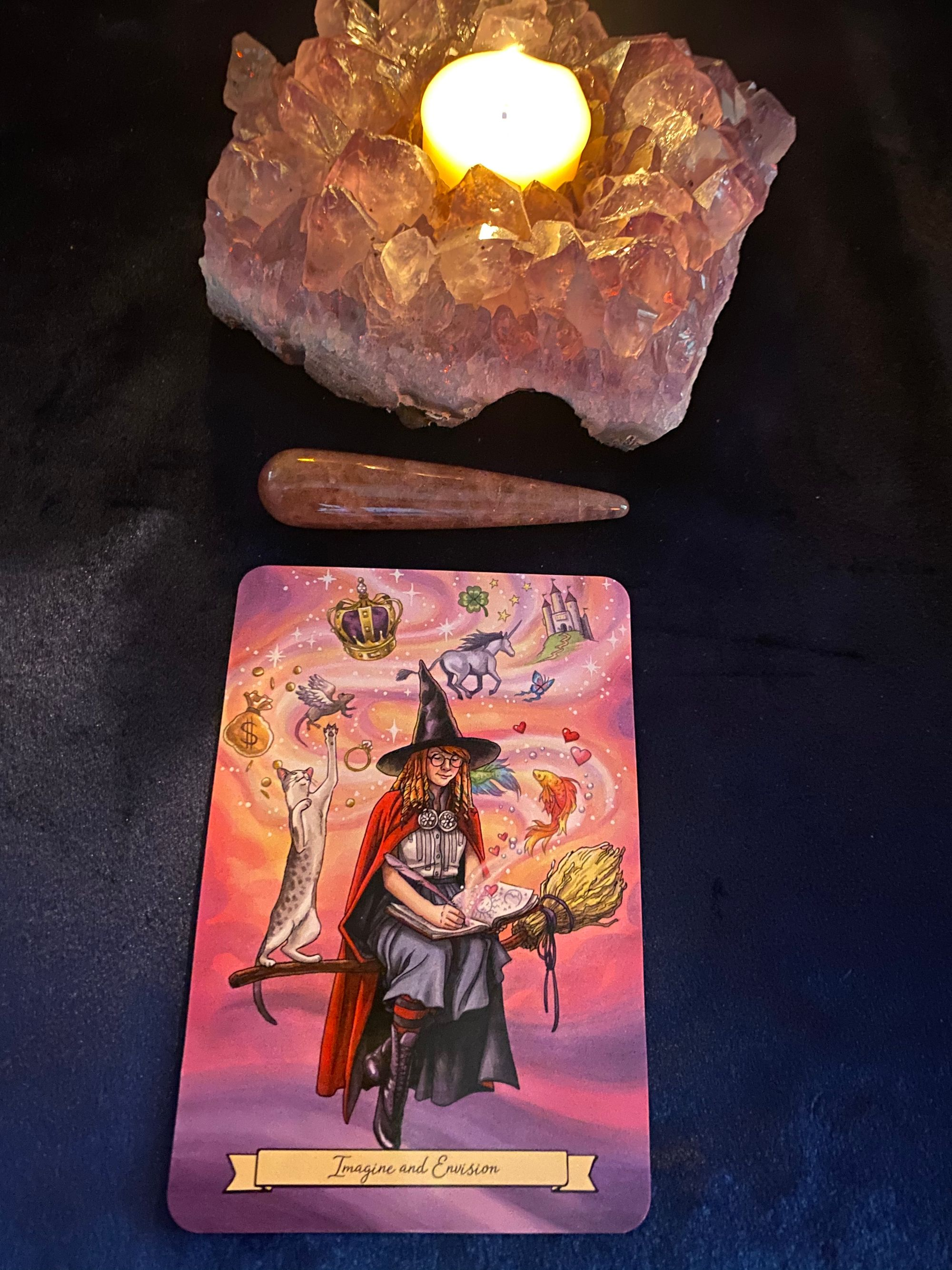 Photo of Everyday Witch Oracle – Imagine and Envision