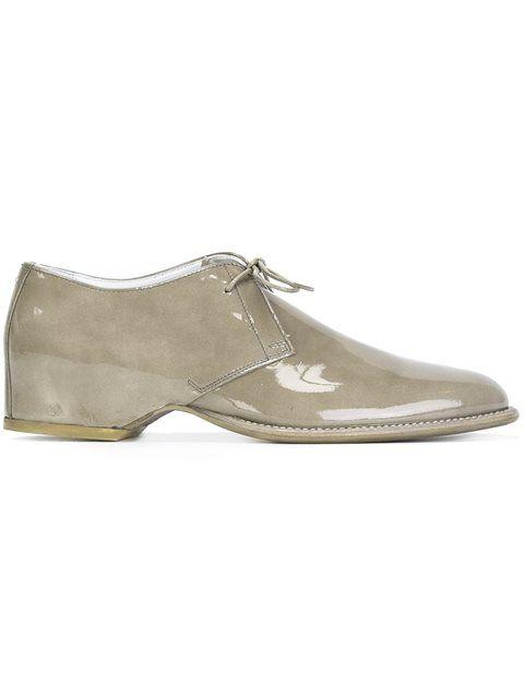 MAISON MARGIELA Hidden Heel Lace-Up Shoes. #maisonmargiela #shoes #flats