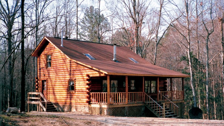 Great mountain cabin design; 2 story, The Homestead presents with ...