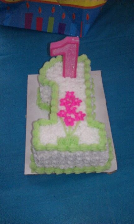 Individual cake for birthday girls first birthday Lily