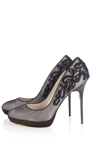 119adba2729 Embroidered court shoe | London in 2019 | Shoes, Black lace pumps, Lace