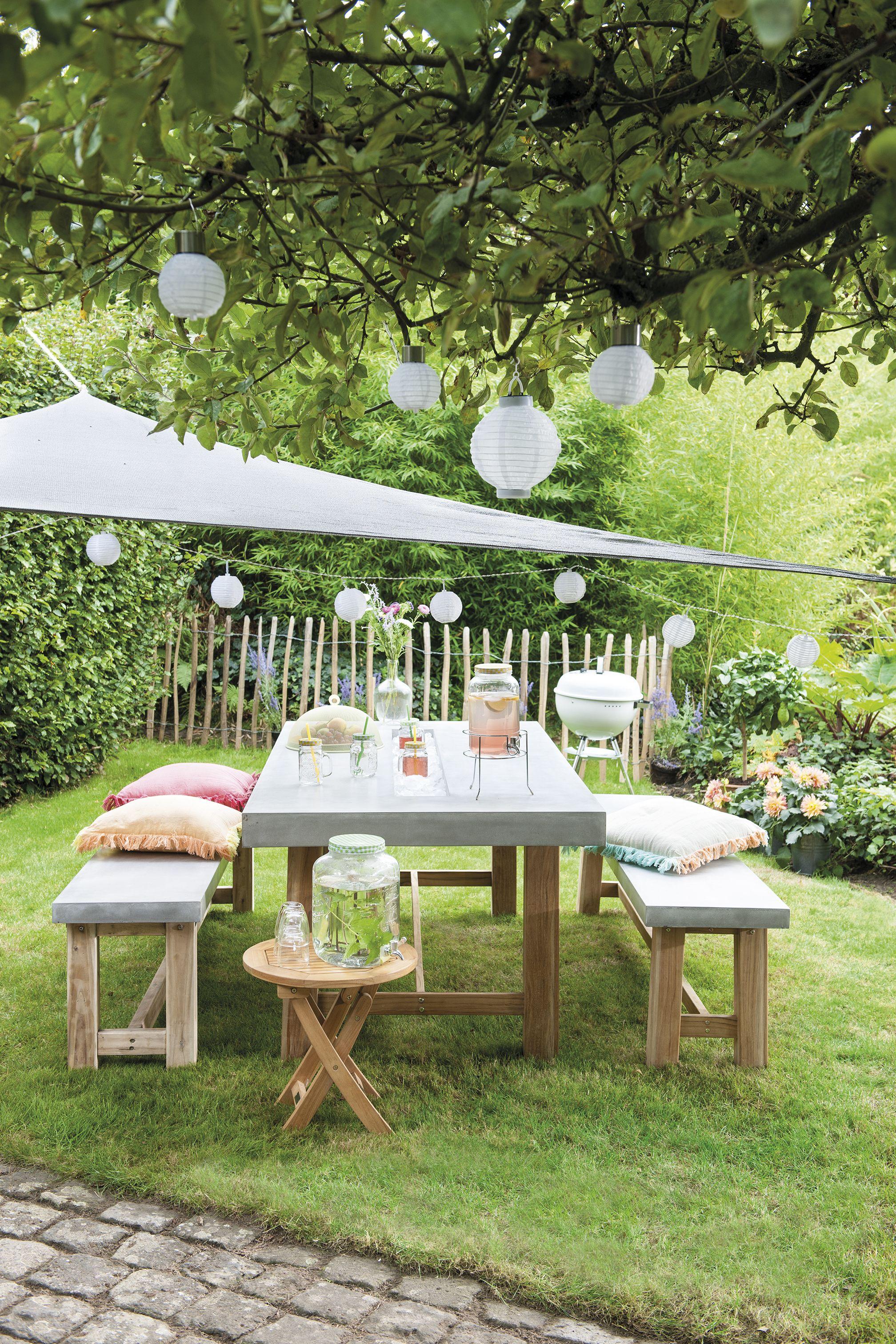 Hangmat Met Standaard Intratuin.Een Vrolijke Tuin Met Lampionnen Intratuin Tuin Outdoor Deco