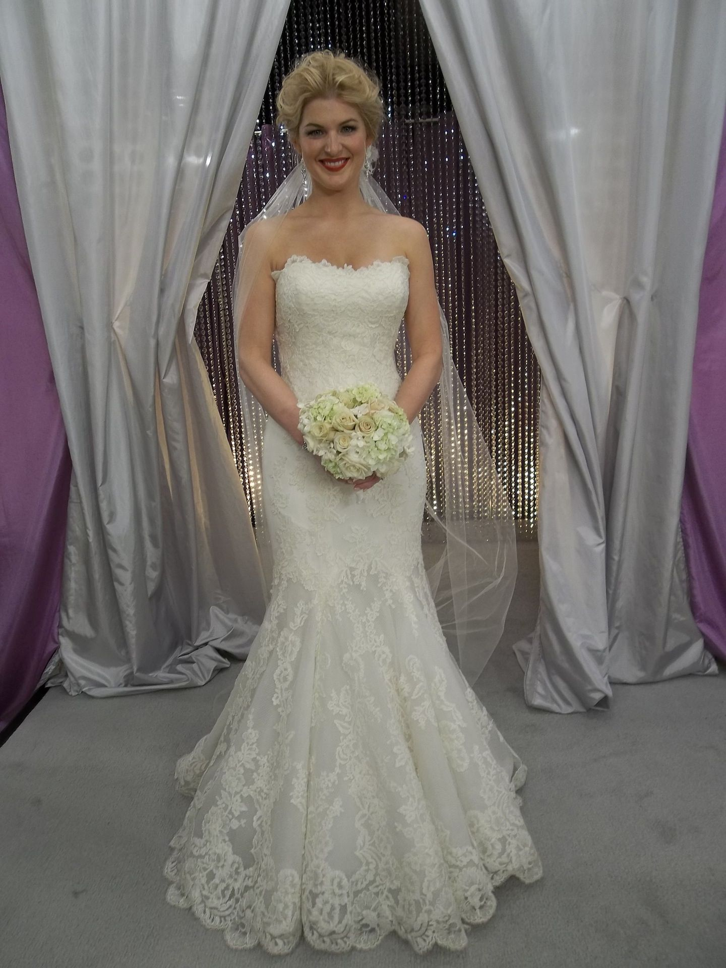 Danielle looks stunning in our Cheryl King Couture \'Lovely\' veil on ...