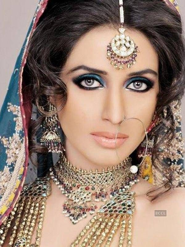indian wedding hairstyle gallery%0A Indian jewelry