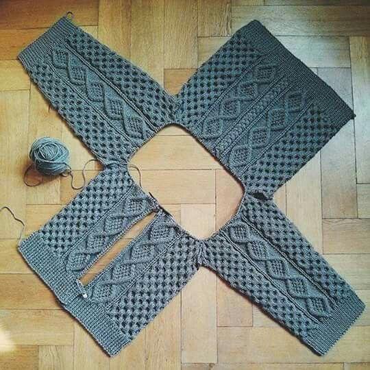 """col 18-28 /"""" ~ knitting pattern Bébé enfants Aran patchwork sampler Veste"""