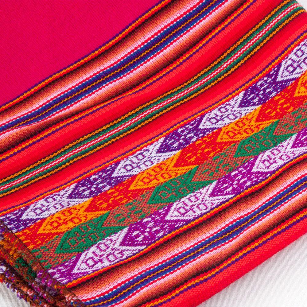 decken aus peru tischdecken aus aguayo stoff bunte taschen aus s damerika pinterest. Black Bedroom Furniture Sets. Home Design Ideas