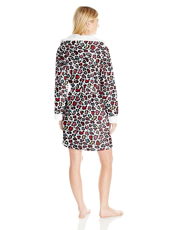 ST. Eve Women s Plush Robe - Leopard Print - CI123BXENU7  21fe6c733