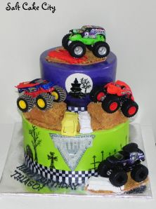 Peachy Monster Truck Grave Digger Birthday Cake With Images Digger Funny Birthday Cards Online Alyptdamsfinfo