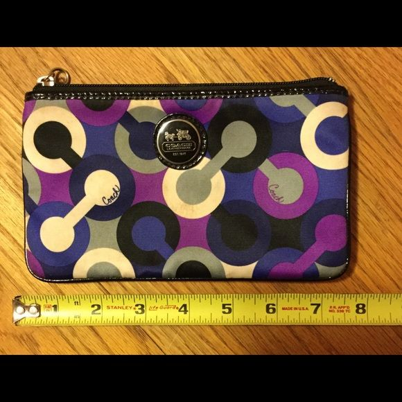 Coach coin purse! Coach coin purse! See pictures for details! Coach Bags