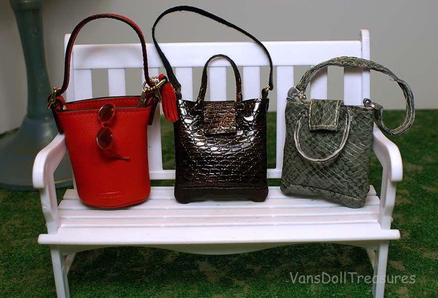 Fashion Dolls at Van's Doll Treasures: It's All About the Handbag