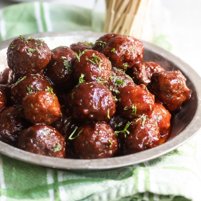 Crockpot Meatballs with Grape Jelly Sauce Recipe | Culinary Hill
