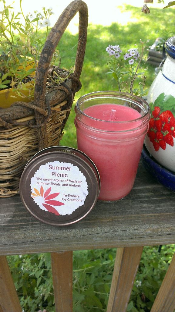 Summer Picnic Scented 8oz Soy Candle | Velas
