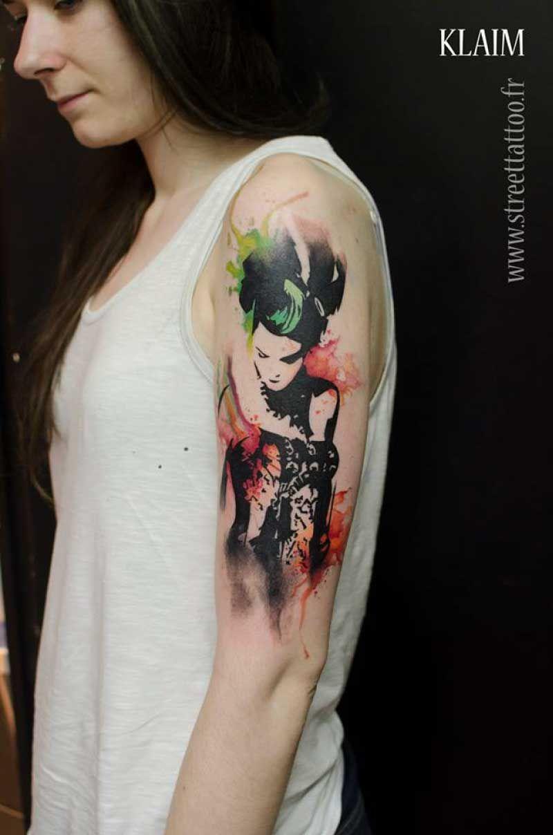 Graphic Tattoo Design On Hand Ink Tattoo Designs Creative Tattoos Tattoos