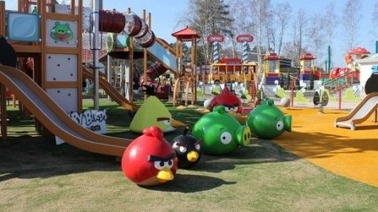 El Primer Parque Tematico Inspirado En Angry Birds Angry Birds