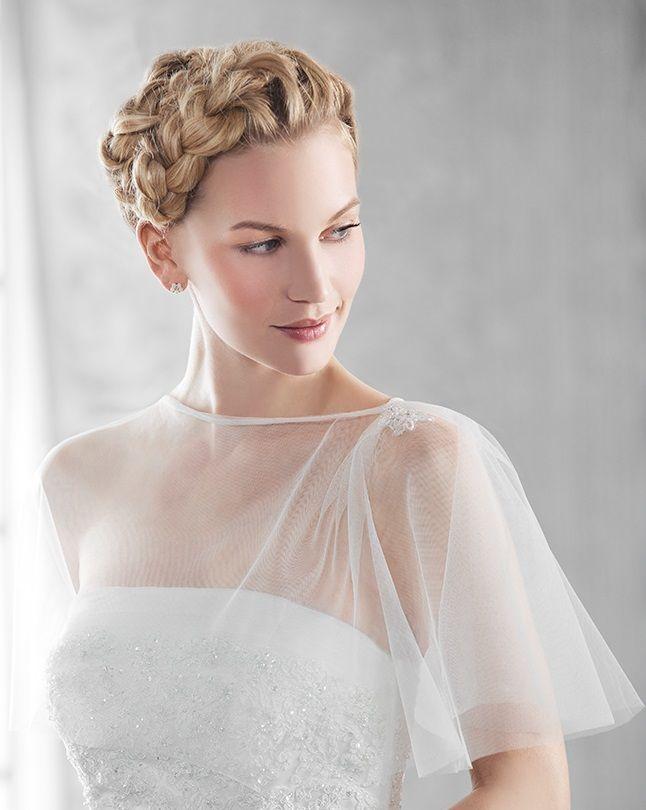 Ein luftig leichter Umhang ♡ von Emmerling Hochzeit Braut