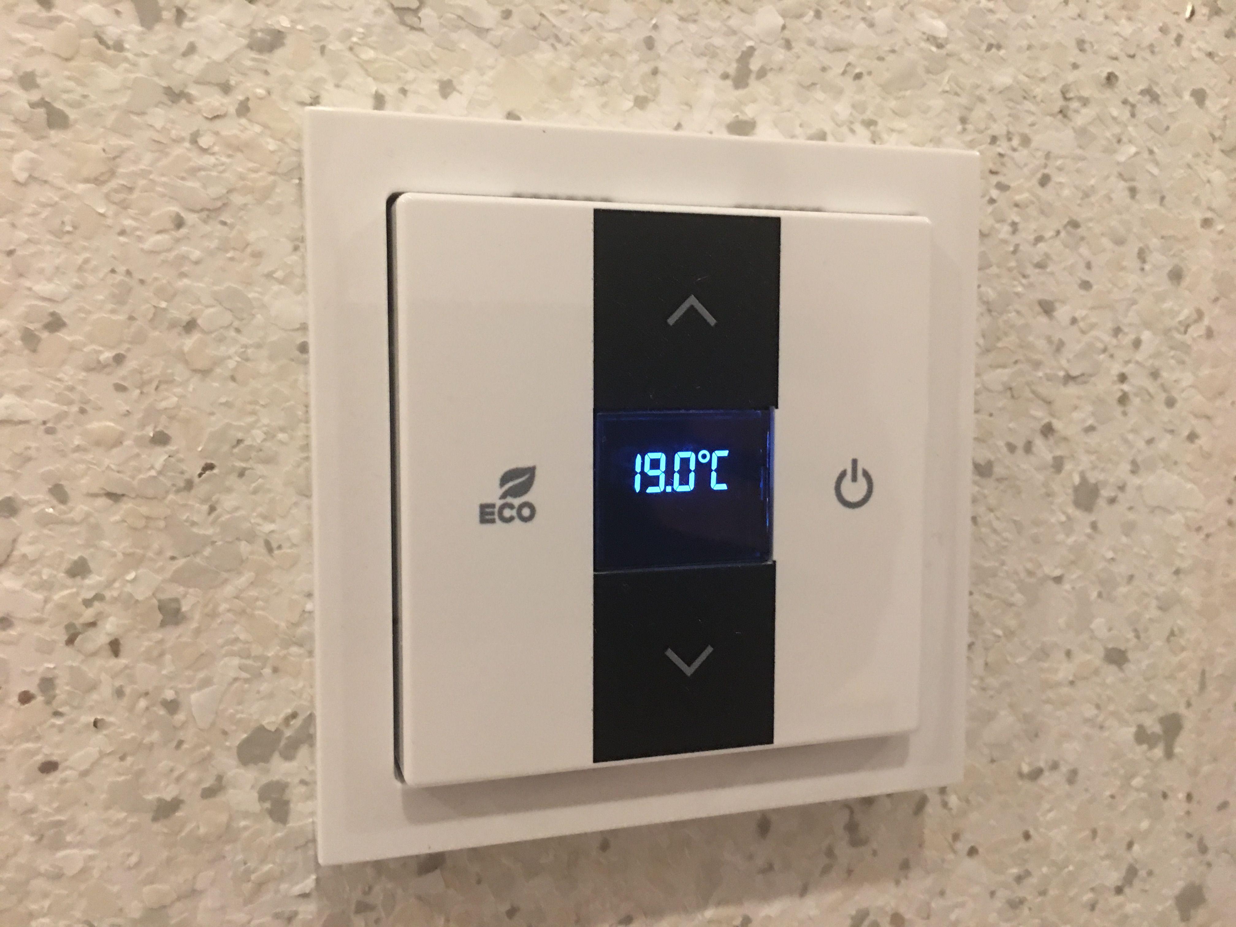 Busch Jaeger Free Home Raumtemperaturregler Schalterprogramm Thermostat Produkt