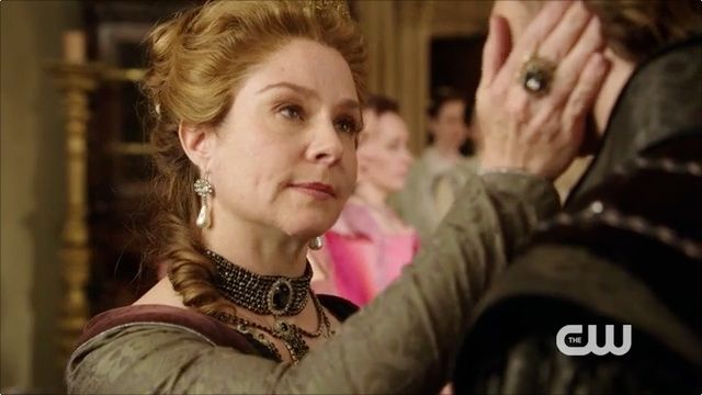 Megan Follows -> Queen Catherine