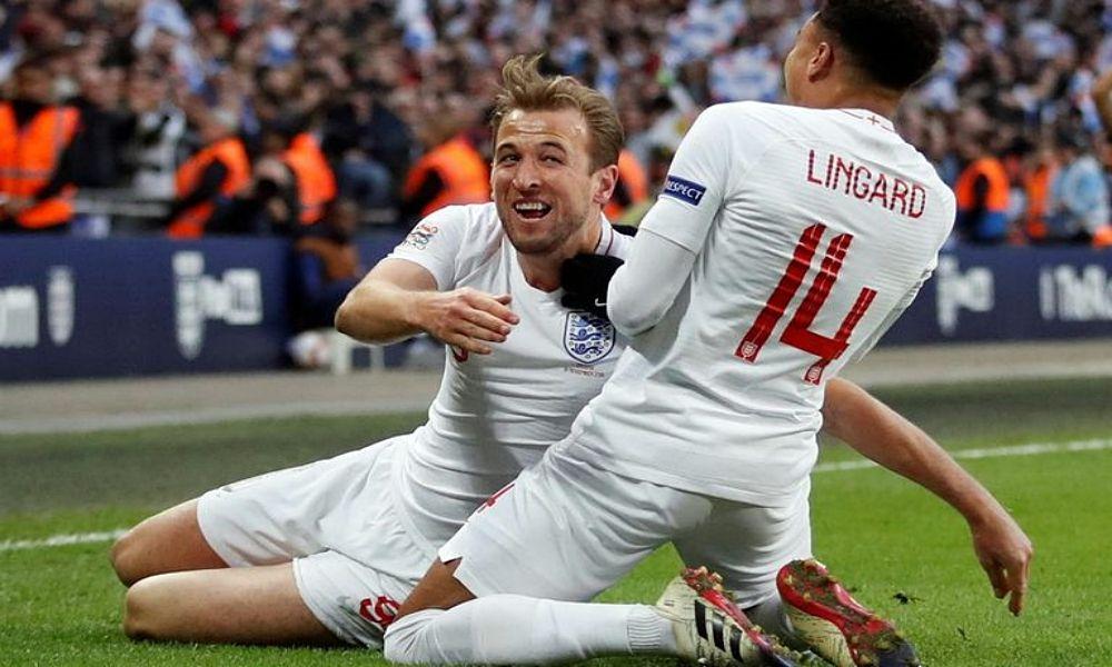 9a88eed029 A seleção inglesa de  futebol garantiu hoje um lugar na  final four ...
