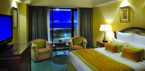Hotels in Dubai – Le Royal Meridien. Hg2Dubai.com.