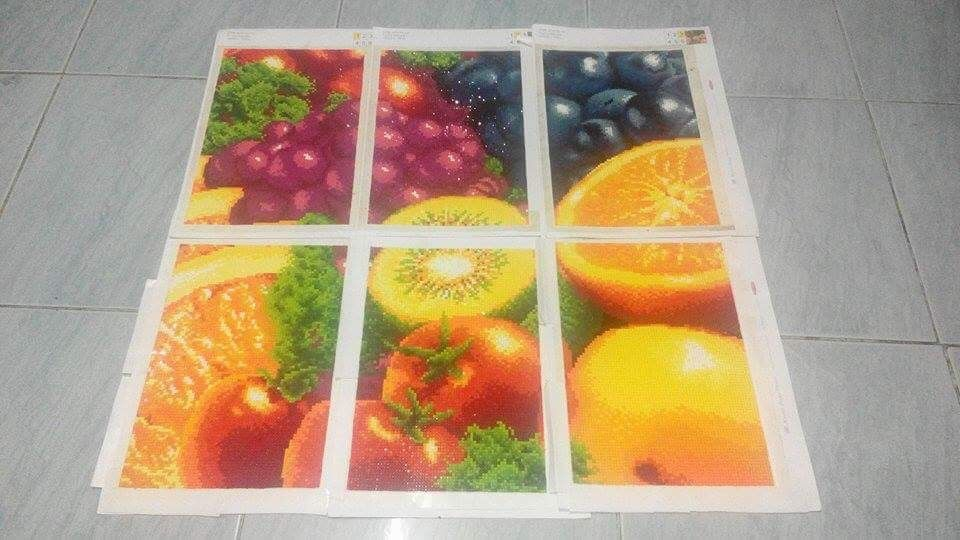 fruits dazzle  good decoration for the kitchen
