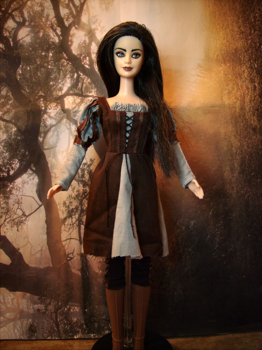 snow white kristen stewart repainted barbie doll in couture renaissancemedieval costume from - Kristen Stewart Halloween Costume
