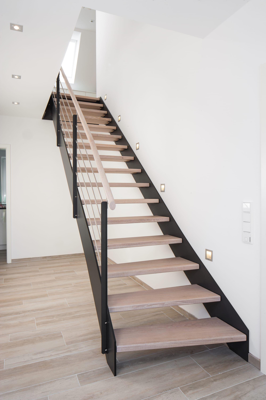 HPL Treppe kaufen Treppenhersteller Treppenbau Voß Treppenbau Voß