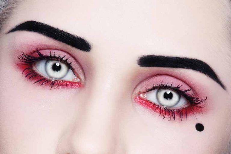 Glow In The Dark Contacts – Halloween   Halloween contact ...