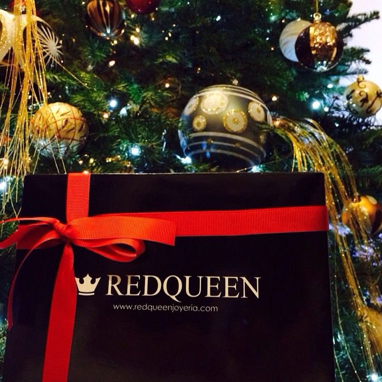 Are you ready with all your gifts? Visit redqueenjoyeria.com #Fashion #jewelry #girl #repost #regram #love #chic #fashionista #instagood #igdaily #follow #photooftheday #beautiful #potd #lotd #ootd #like #instadaily #instalike #style #accesories #ring #webstagram #woman #mexico #shop #shiny #onlineshop #happy #bling