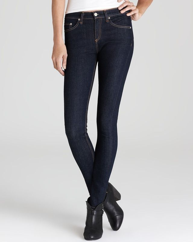 085e2d987d1 High Waisted Jeans Outfits That Flatter Every Body Type  Shop the Trend   Rag