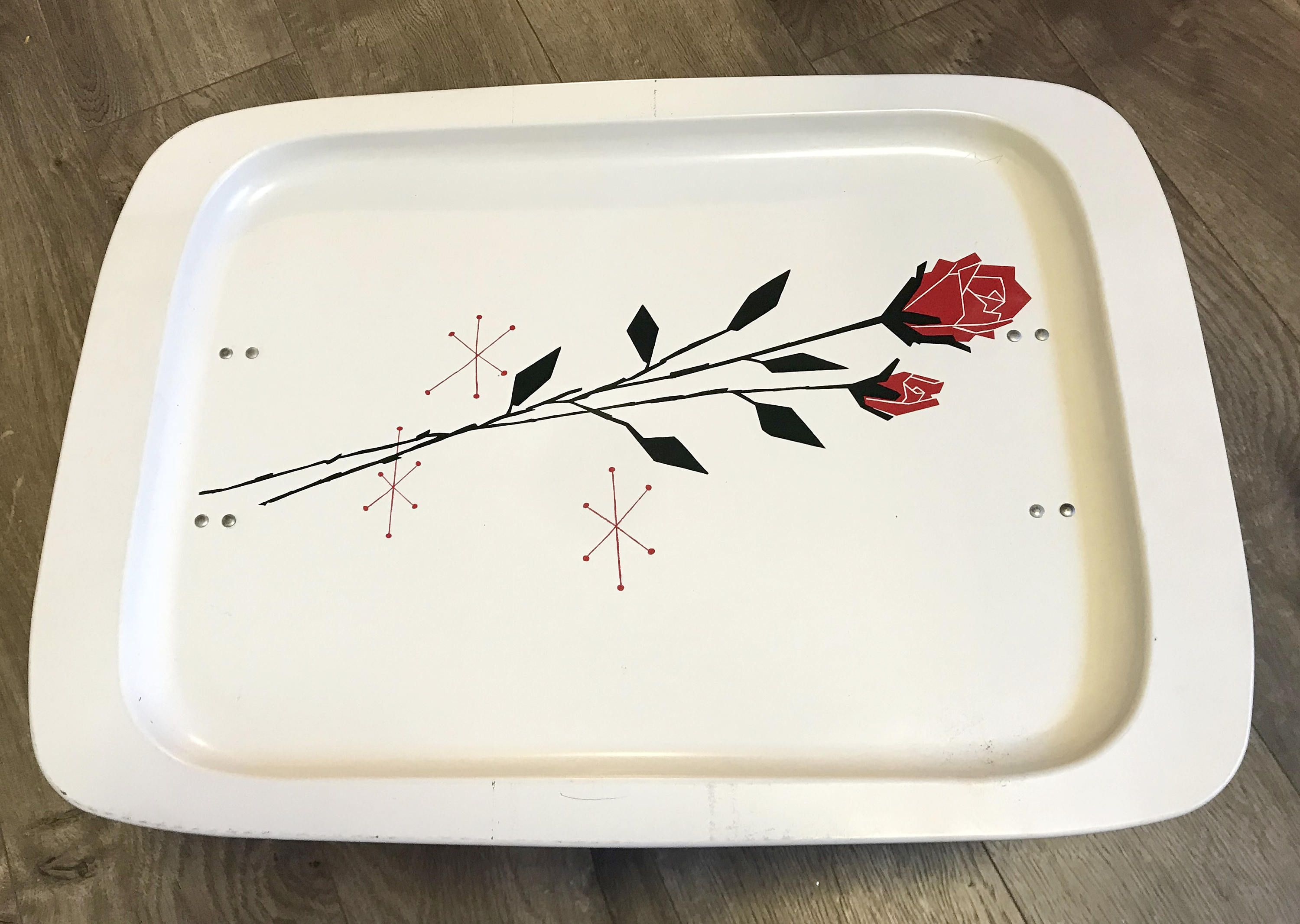 Mid Century Lap Tray Tv Tray With Legs Off White With Red Rose And Starbursts By Sixthstreetmarket On Etsy Lap Tray Atomic Starburst Pattern Vintage Barware