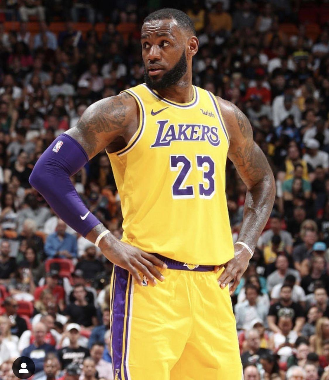 Pin By Qam Yasharahla On Lebron Lal Lebron James Lakers Lebron James Lakers Basketball