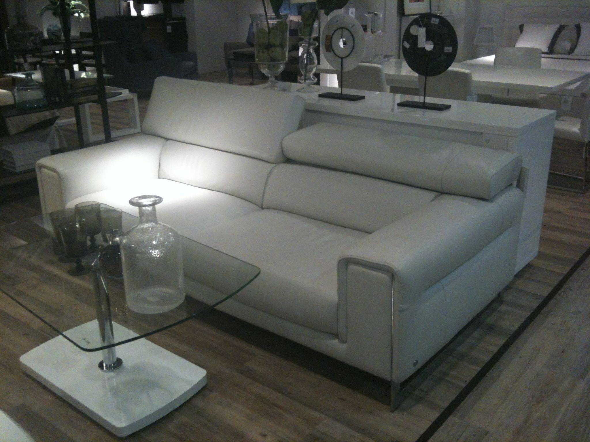 Sofa de natuzzi en el corte ingles muebles pinterest for Reposapies oficina ikea