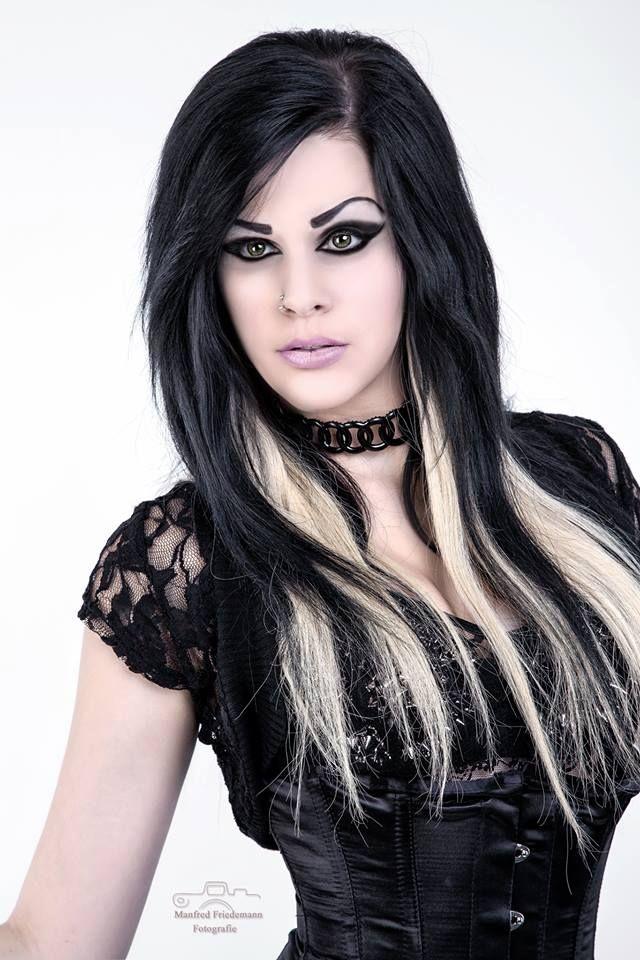 dark beauty http