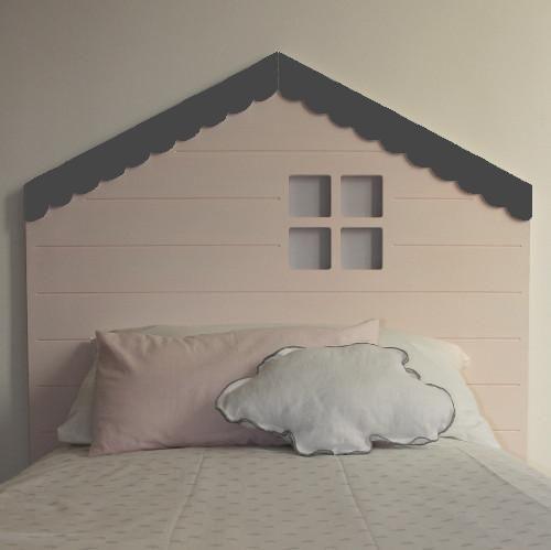 cabecero infantil con forma de casita de chic attique