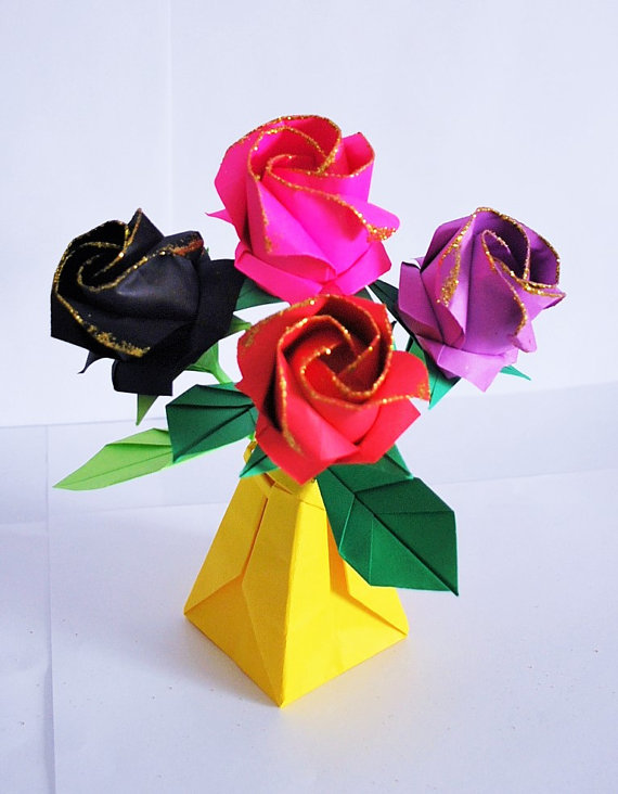 Roses paper roses origami roses rose bouquet flower boquet this listing is for 4 origami paper roses in an origami vase made to order you choose the rose color and the vase color mightylinksfo