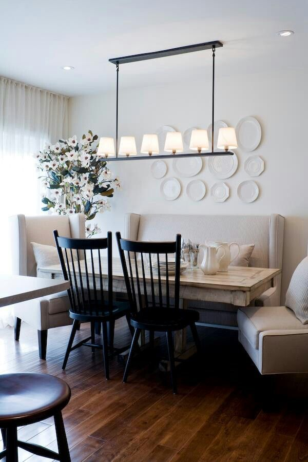 Charmant #diningroom Tables, Chairs, Chandeliers, Pendant Light, Ceiling Design,  Wallpaper, Mirrors, Window Treatments, Flooring, #interiordesign Banquette  Dining, ...