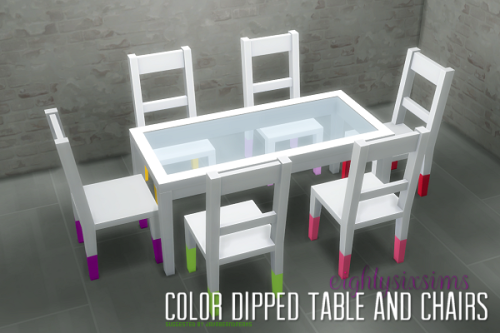 EIGHTYSIXSIMS Color Dipped Tables and Chairs