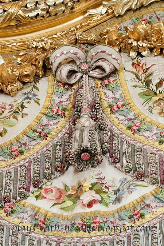 Versailles...Detail of Marie's bed. Wonderful blog about visit to the queen's chamber. Be there soon!!!