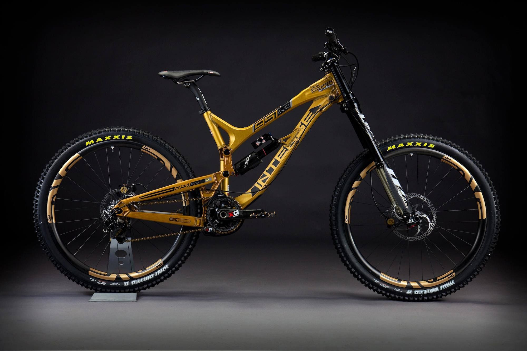 Intense Gold Member With Images Mtb Bike Mountain Mountain